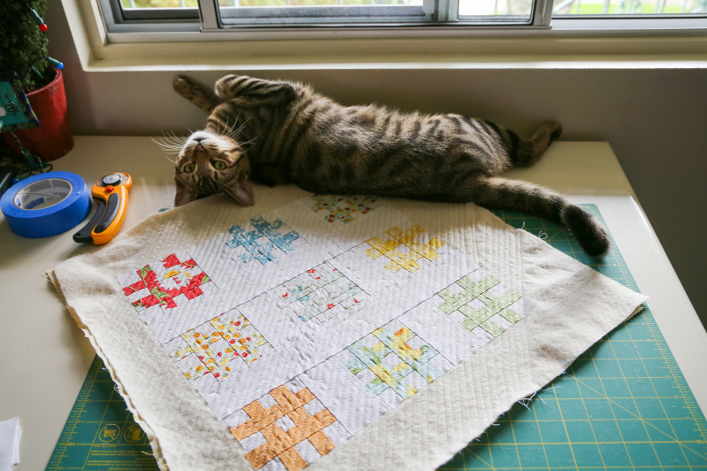 tic tac toe quilt, hash tag quilt, oh clementine fabric, mini quilts, wall quilts, cats on quilts