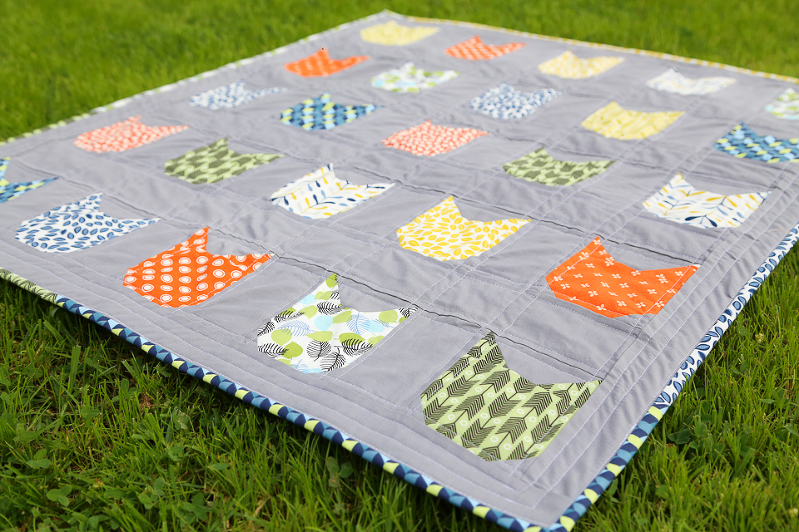 Cat Face Quilt, cats on quilts, quilts with cats, quilting with cats, kitty quilts, cloud nine fabrics, modern quilts, quilts for boys, quilts for kids