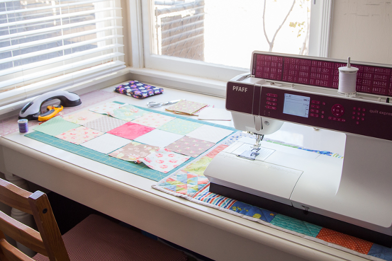 Patchwork Sewing Mat for Sewing Machine (1 of 6)