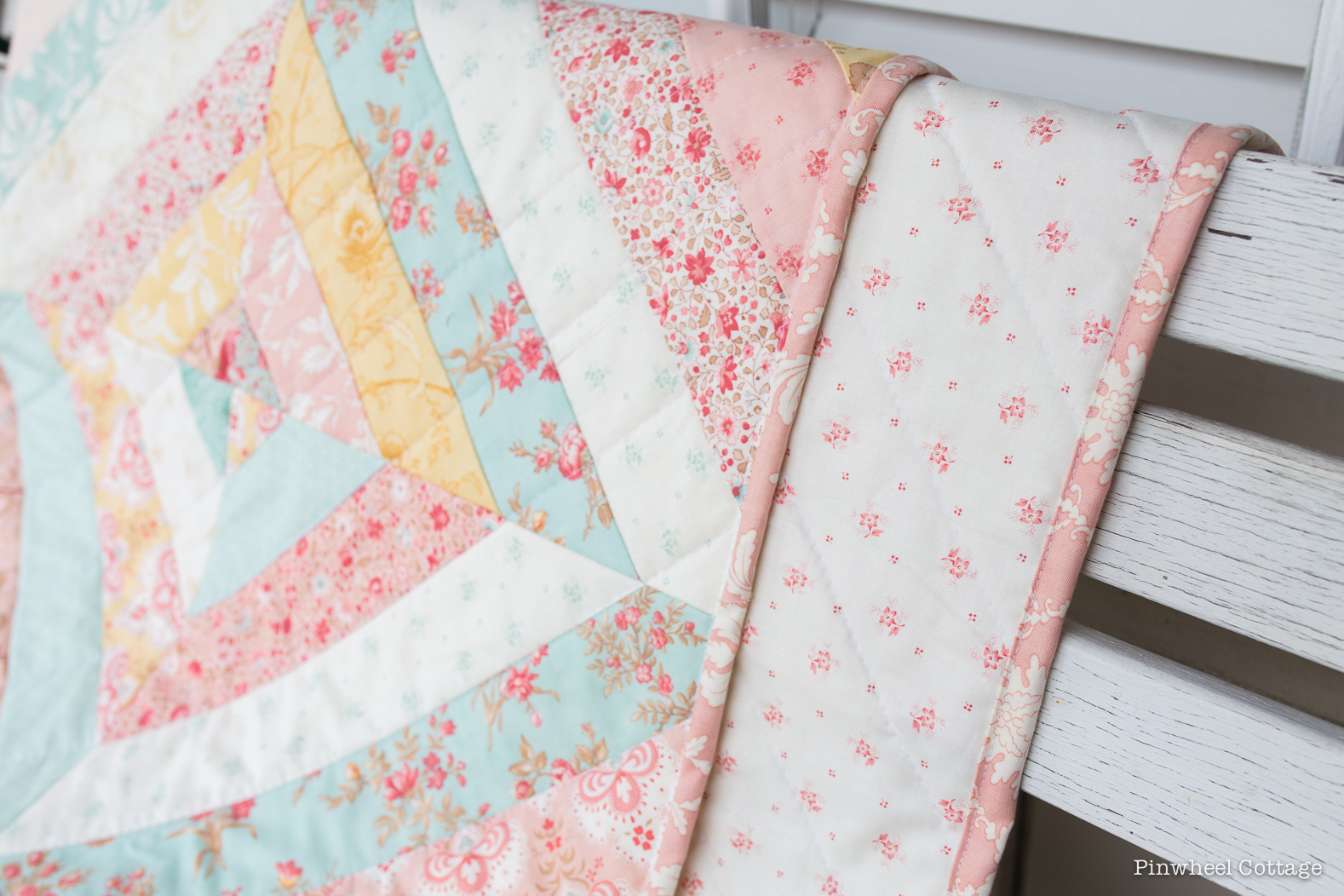 Easy Quilt With Three Fabrics : Vintage Floral Custom Quilt ? Loganberry Handmade