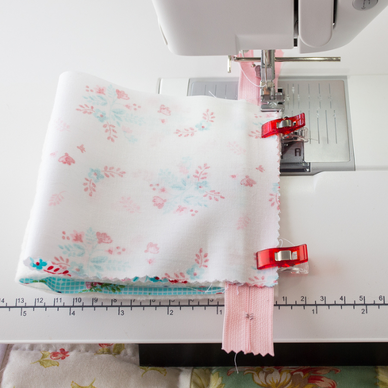 zipper bag sewing tutorial pyramid pouch