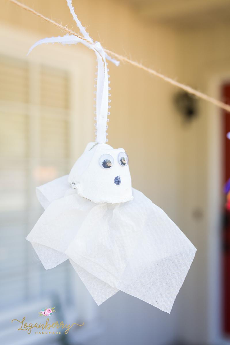 halloween egg carton crafts, ghosts & spiders using egg carton, halloween tissue paper crafts, diy halloween crafts, diy spider, diy tissue paper ghosts, pipe cleaner crafts, halloween crafts for kids