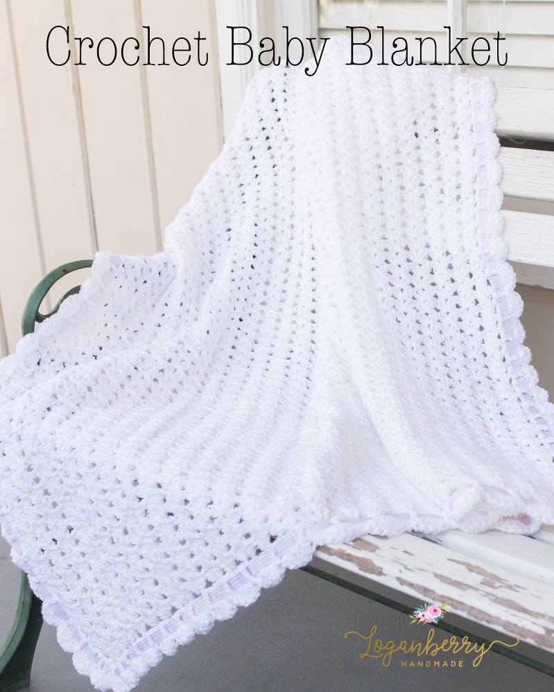 crochet baby blanket with free pattern, free crochet pattern baby blanket, how to crochet a baby blanket, crochet afghan free pattern, scallop edge crochet baby blanket, crochet scallops, crochet borders, crochet edge pattern