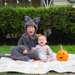 family halloween photos, diy cat costume, baby's first halloween, my first halloween, halloween photography, halloween themed photo shoot