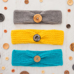 crochet headband pattern, crochet headband tutorial, headbands for kids and adults, how to crochet a headband, crochet headband with wooden button, teal headband, mustard yellow headband, grey headband, crochet head wraps, easy diy headbands, baby headbands