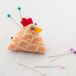 chicken pin cushion tutorial