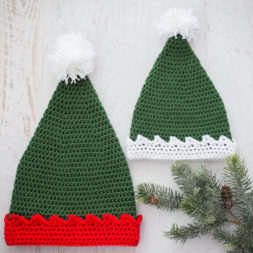 crochet elf hat, free crochet pattern, crochet elf hat pattern, santa's elf hat pattern, santa's little helper hat, crochet elf beanie, kids and adult sizes, crochet holiday hat, crochet christmas hat pattern