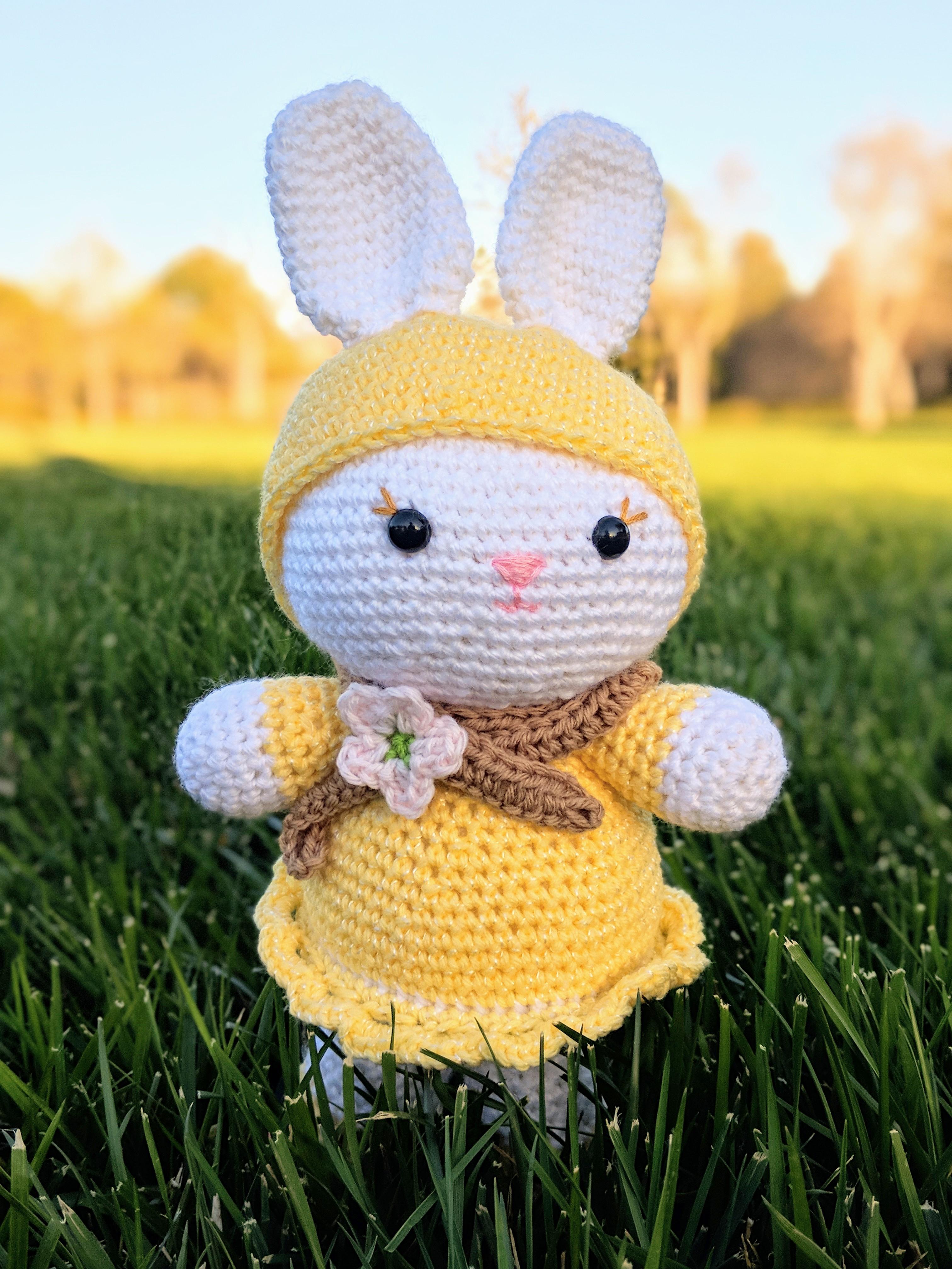 Crochet Cute Bunny Rabbit Amigurumi - YouTube | 4032x3024